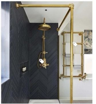 [houzz=https://www.houzz.com/photo/85952785-case-study-be-bold-with-brass-traditional-bathroom-london]